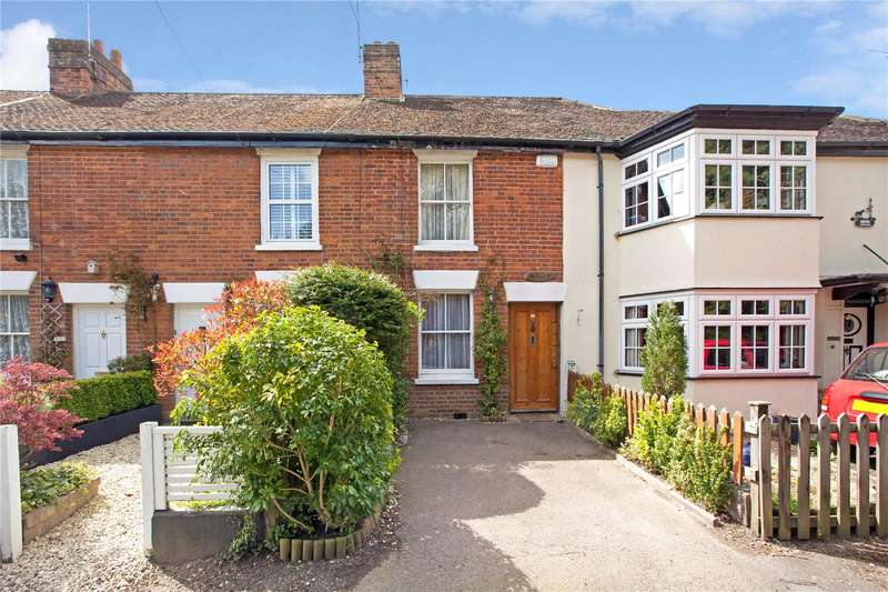 2 Bedrooms Terraced House for sale in Woodbine Cottages, South Side, Chalfont St. Peter, Gerrards Cross, SL9