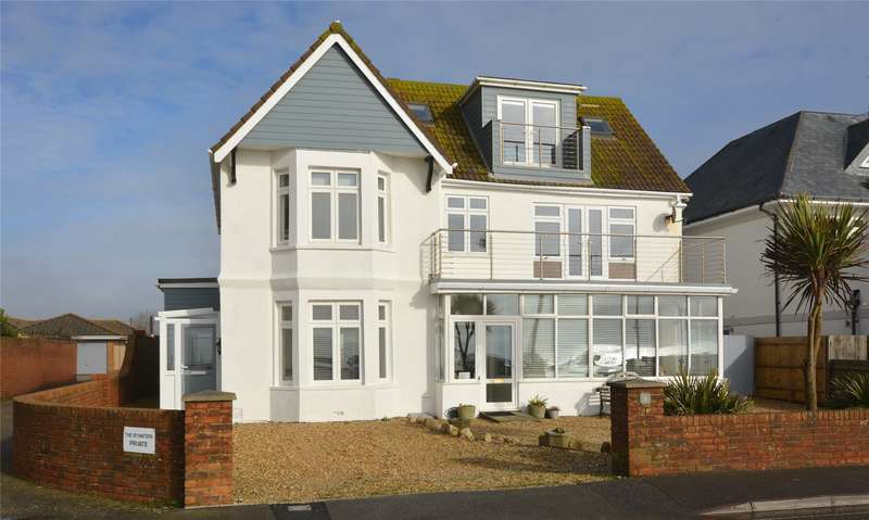 2 Bedrooms Flat for sale in Hurst Road, Milford on Sea, Lymington, Hampshire, SO41