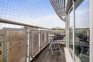3 Bedrooms Flat for sale in Royal View, 80 Grand Parade, Brighton, East Sussex