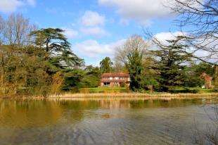 4 Bedrooms Detached House for sale in Loxwood, Billingshurst, West Sussex