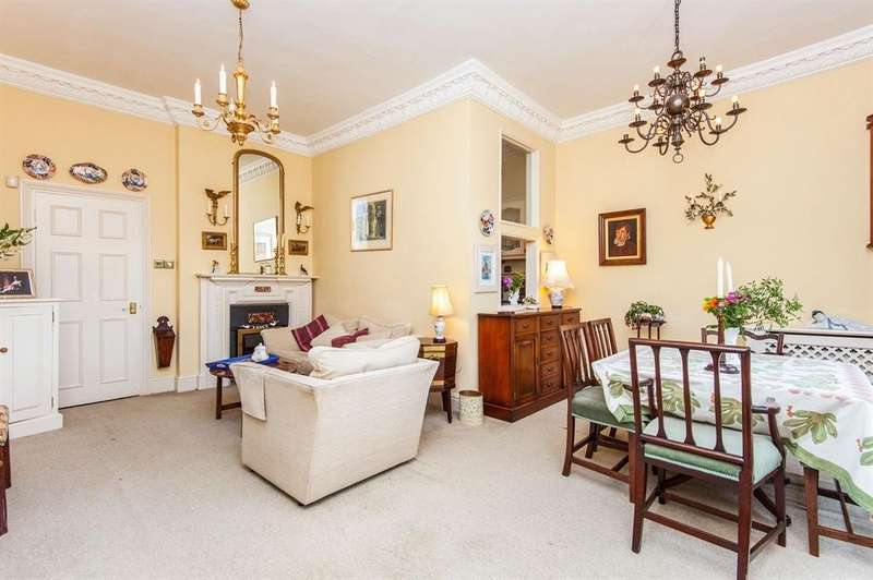 3 Bedrooms Maisonette Flat for sale in Strete Ralegh, Whimple