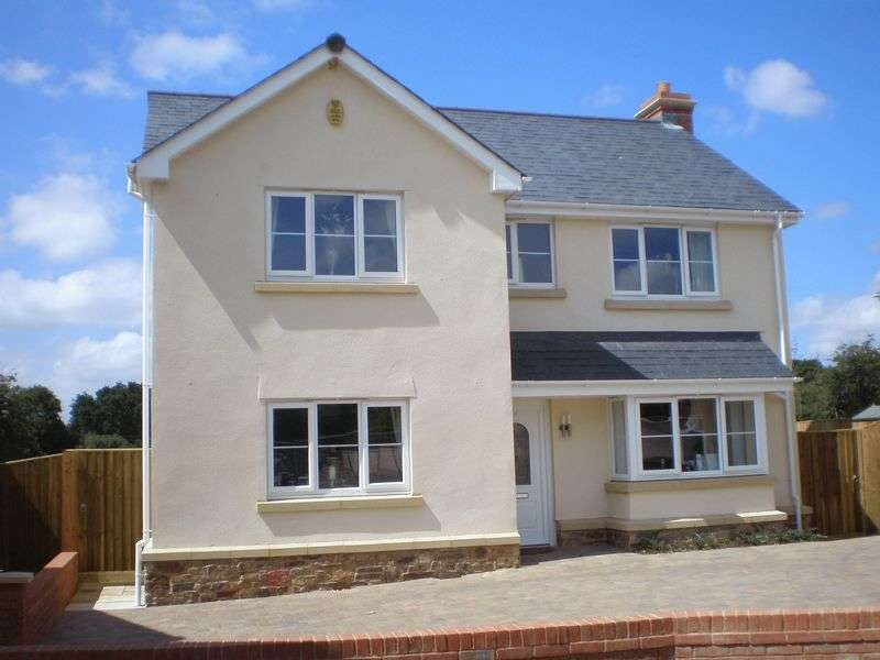 4 Bedrooms Detached House for sale in Chapel Close, Yeoford