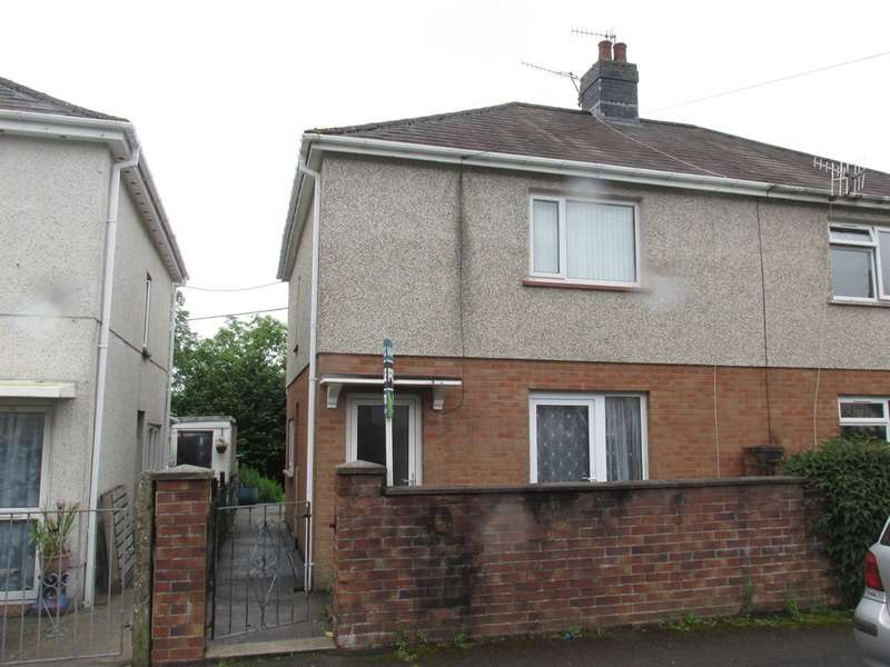 3 Bedrooms Semi Detached House for sale in Tre Ifor, Llwydcoed, Aberdare