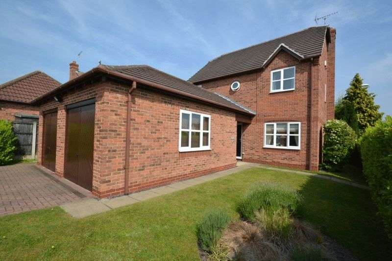 4 Bedrooms Detached House for sale in FAIRISLE CLOSE, OAKWOOD