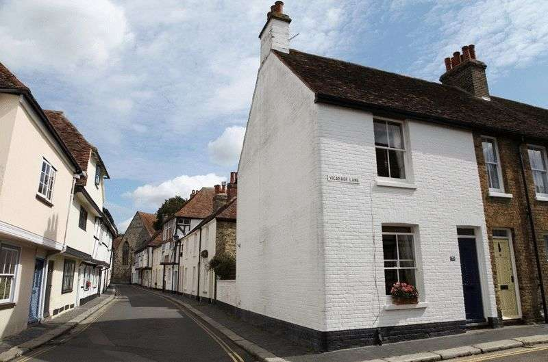 2 Bedrooms Terraced House for sale in Vicarage Lane, Sandwich