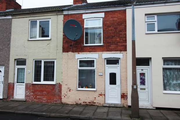 2 Bedrooms Terraced House for sale in Spencer Street, Goole, North Humberside, DN14 6EF