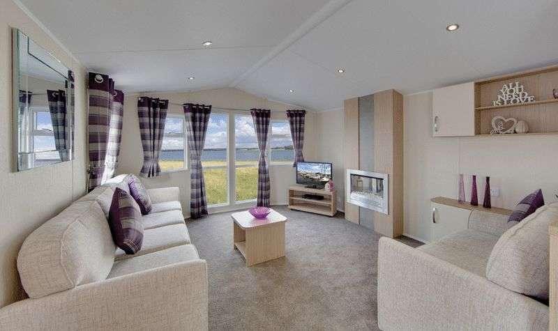 2 Bedrooms Property for sale in Willerby Brockenhurst 38x12 2 bed 2017