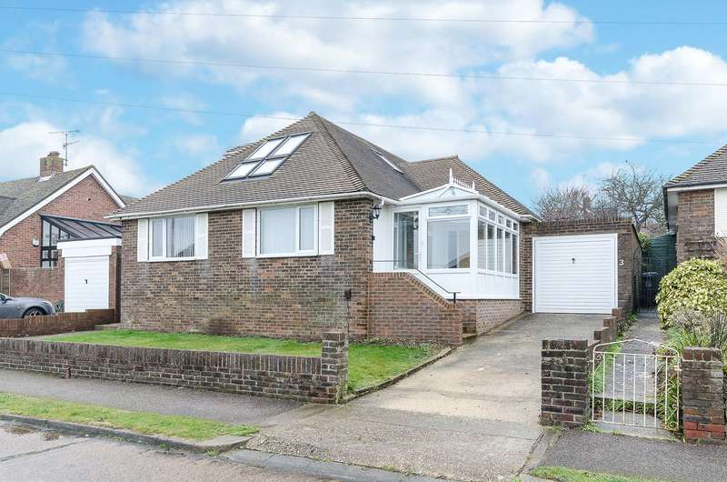 4 Bedrooms Detached House for sale in Norbury Close, North Lancing, West Sussex, BN15