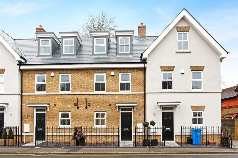 3 Bedrooms Terraced House for sale in Leopold Place, 140 St. Leonards Road, Windsor, Berkshire, SL4