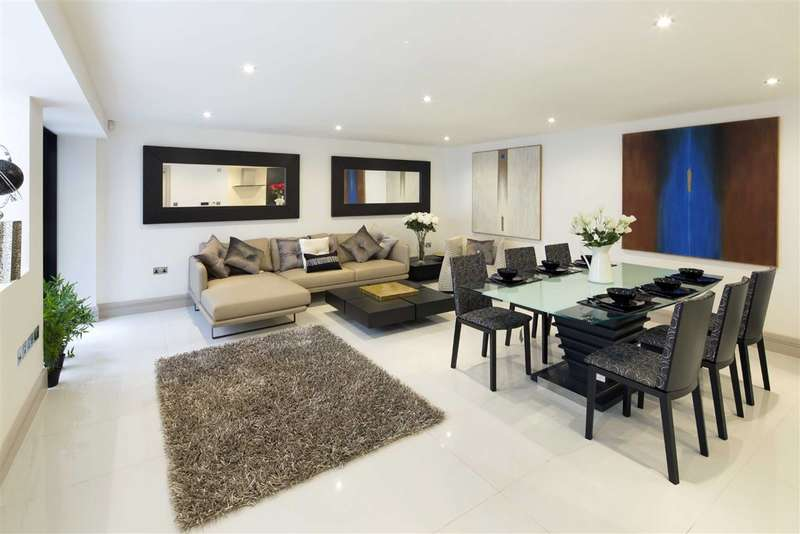 3 Bedrooms Property for sale in Whittlebury Mews, London, NW1