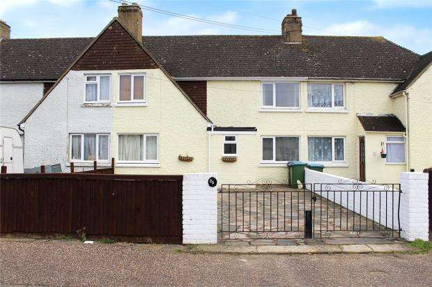 3 Bedrooms Terraced House for sale in Falkland Avenue, Littlehampton, West Sussex, BN17