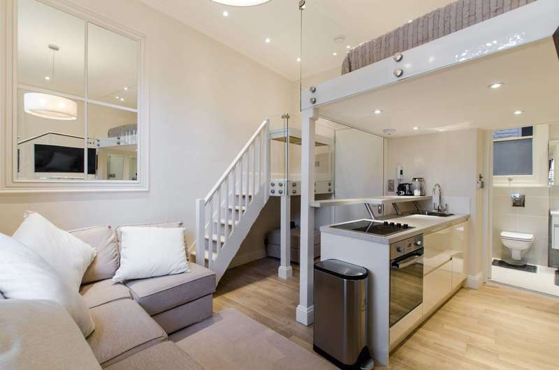 Studio Flat for sale in Earls Court Road, Earls Court, SW5