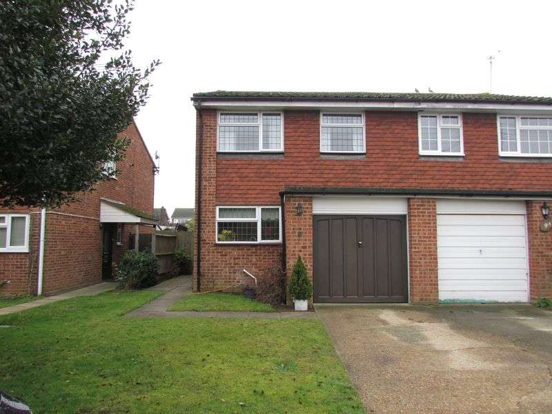 3 Bedrooms Semi Detached House for sale in Alfred Road, Hawley