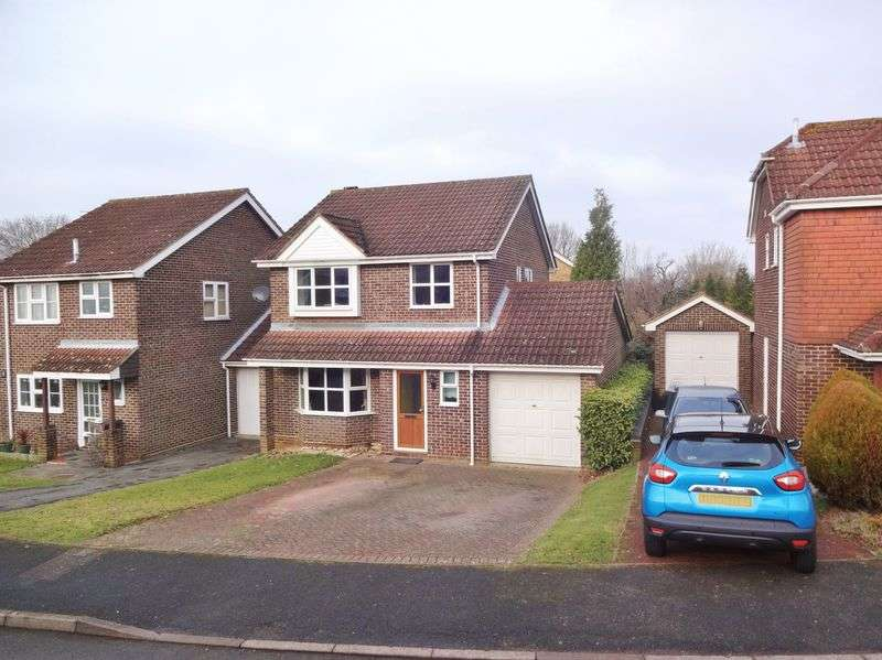 3 Bedrooms Semi Detached House for sale in High Ridge, Godalming