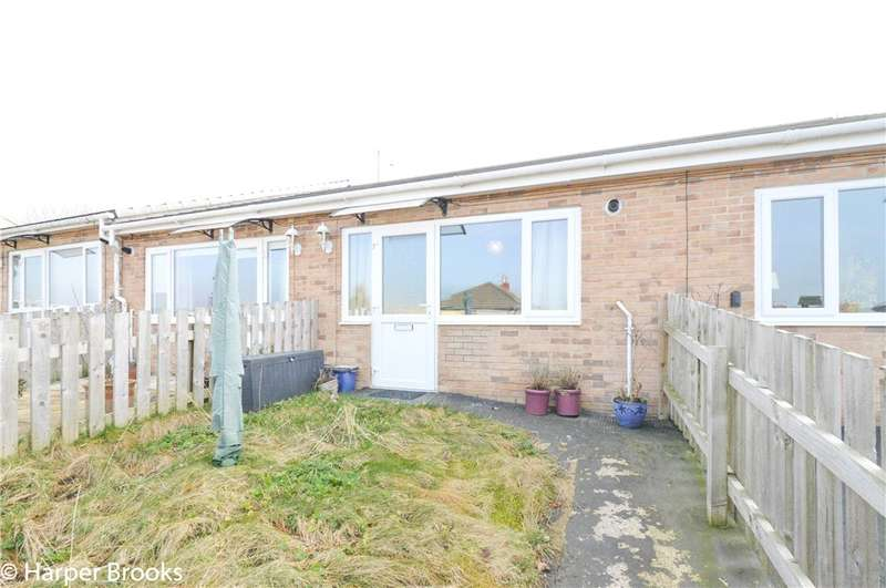 2 Bedrooms Terraced Bungalow for sale in Gretna Fold, Coal Clough Lane, Burnley, BB11