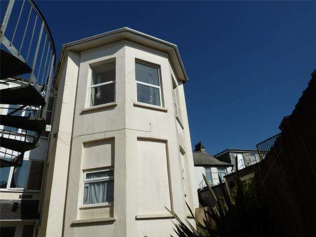 1 Bedroom Flat for sale in Brewery House, Bay Tree Hill, Liskeard, Cornwall