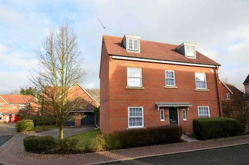 5 Bedrooms Detached House for sale in Spencer Close, Billericay