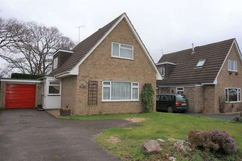 2 Bedrooms Detached House for sale in Greenway, Monkton Heathfield