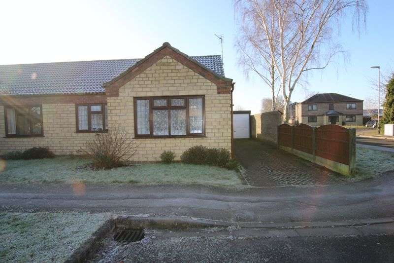 2 Bedrooms Semi Detached Bungalow for sale in 33 Malvern Close, Lincoln