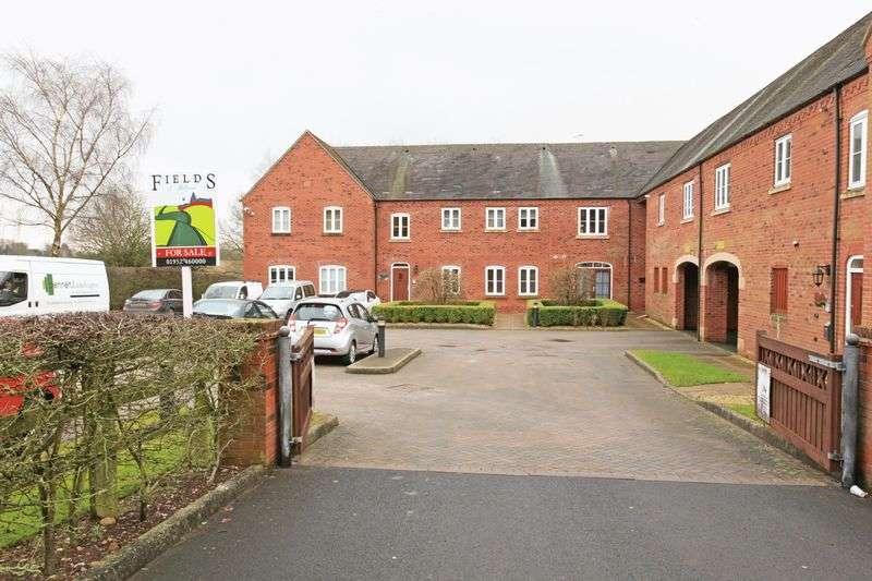 2 Bedrooms Flat for sale in Chanterelle Court, Wolverhampton