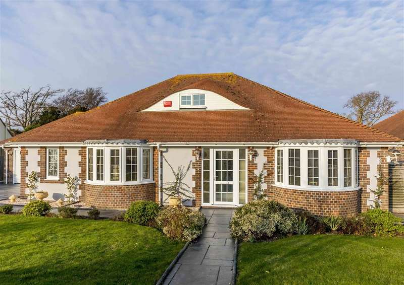 3 Bedrooms Detached Bungalow for sale in Aldwick