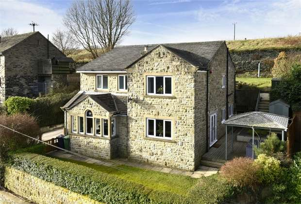 4 Bedrooms Detached House for sale in Greenhill Bank Road, New Mill, HOLMFIRTH, West Yorkshire