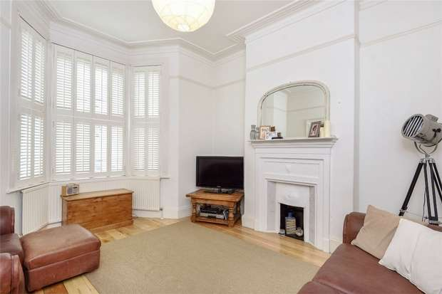 3 Bedrooms Terraced House for sale in Manor Park Road, Harlesden, London