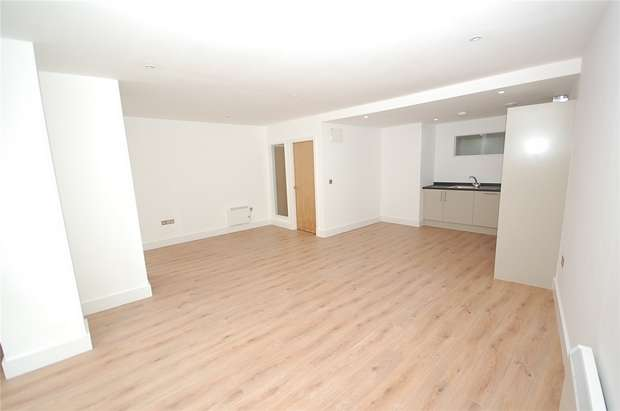 3 Bedrooms Flat for sale in Albion Works, Pollard St, Manchester