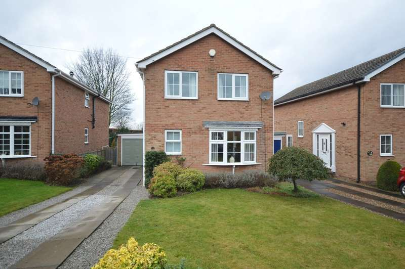 4 Bedrooms Detached House for sale in Heron Drive, Sandal, Wakefield
