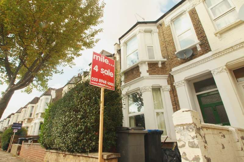 3 Bedrooms Flat for sale in Wakeman Road, Kensal Rise NW10