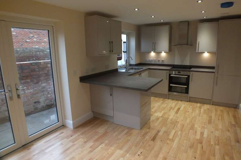 2 Bedrooms Semi Detached House for sale in Town Centre, Cheltenham