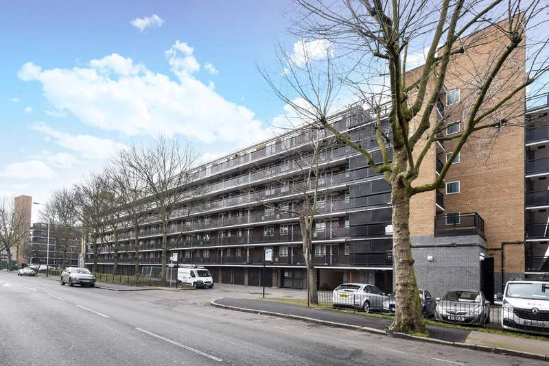 1 Bedroom Flat for sale in Lockwood Square, Bermondsey