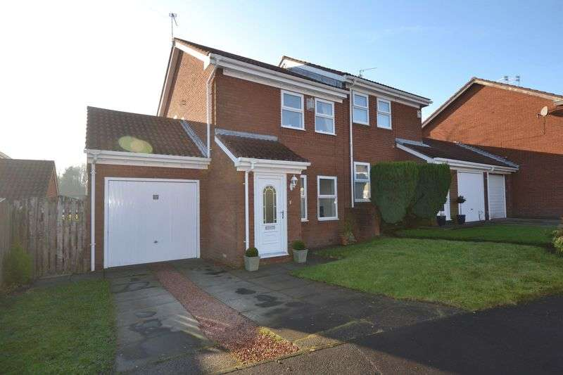 2 Bedrooms Semi Detached House for sale in Hassop Way, Bedlington