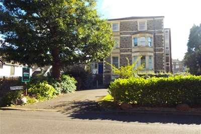 3 Bedrooms Flat for rent in Eversley House, Sneyd Park