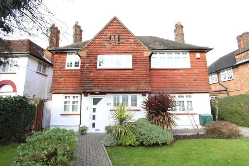 5 Bedrooms Detached House for sale in The Ridgeway