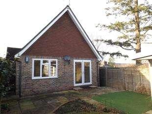 2 Bedrooms Detached House for sale in Western Road, Hawkhurst, Cranbrook, Kent