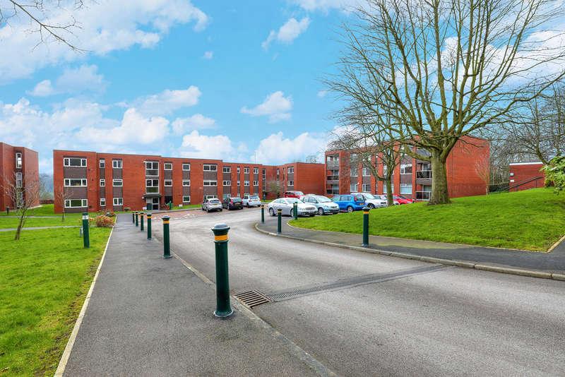 2 Bedrooms Flat for sale in 26 Storth Park, Fulwood, S10 3QH