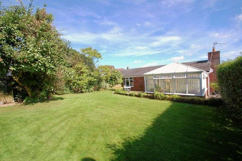 2 Bedrooms Semi Detached Bungalow for sale in Dellfield, FROXFIELD, Hampshire