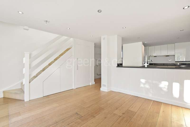 3 Bedrooms Terraced House for sale in Lynton Road, Crouch End, London, N8