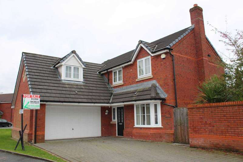 4 Bedrooms Detached House for sale in Sandileigh Drive, Bolton