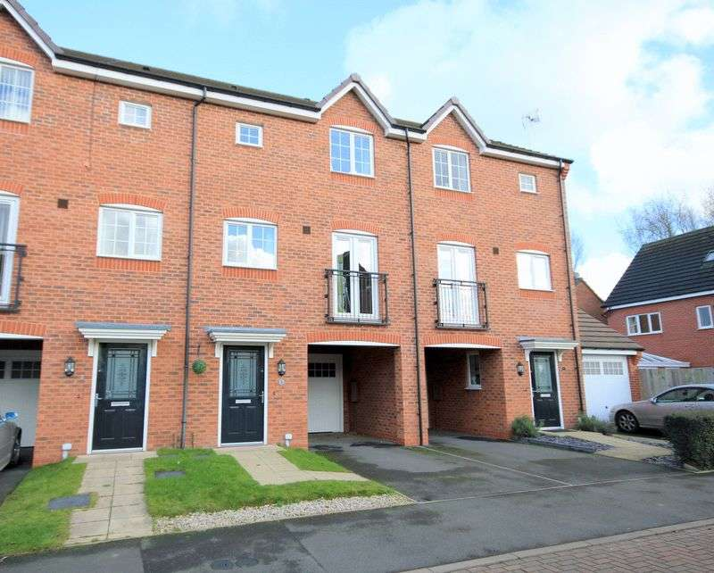 3 Bedrooms Terraced House for sale in Sawyer Way, Stone