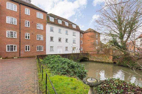 1 Bedroom Apartment Flat for sale in Deans Mill Court, The Causeway, Canterbury