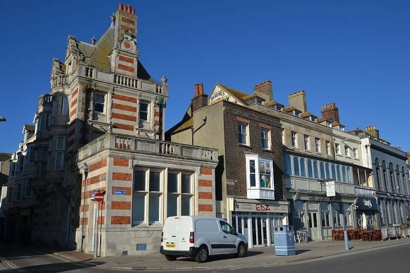 4 Bedrooms Flat for sale in Weymouth