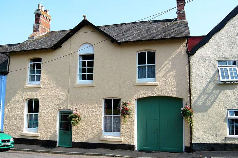 4 Bedrooms Terraced House for sale in Kenton, Exeter, Devon