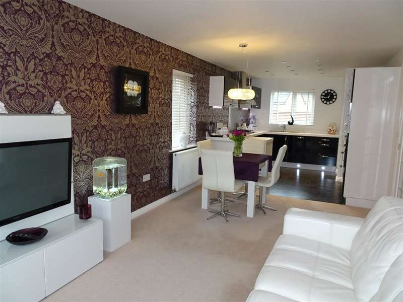 4 Bedrooms Property for sale in 7 Cambridge Mews, Wath-Upon-Dearne, Rotherham, S63 7FH