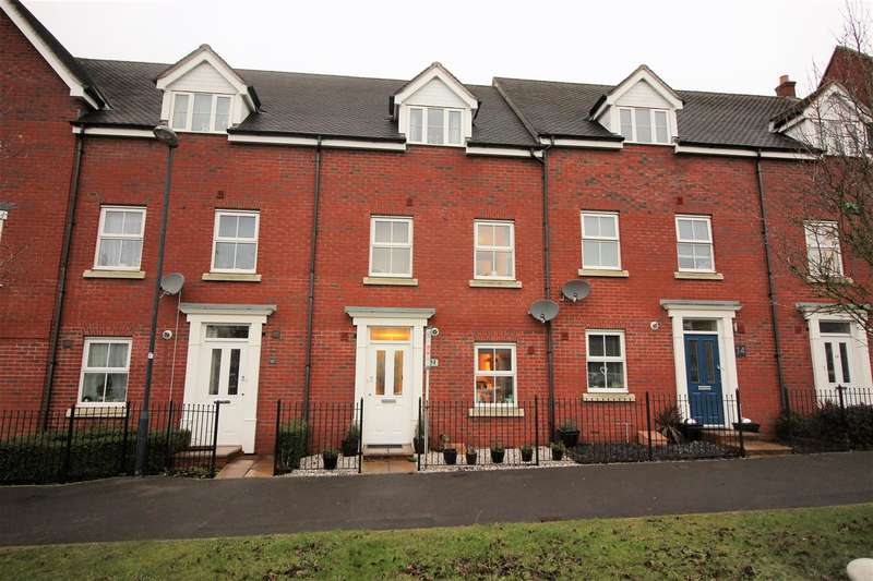 4 Bedrooms House for sale in Redhouse, Swindon