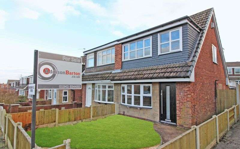 3 Bedrooms Semi Detached House for sale in Highfield Grange Avenue, Winstanley, Wigan