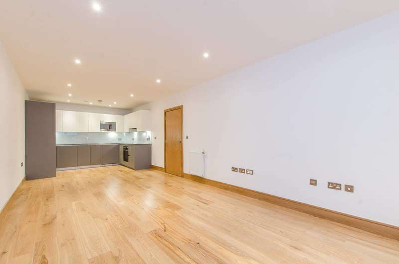 2 Bedrooms Flat for sale in The Fusion, Shoreditch, E1