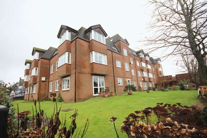 1 Bedroom Flat for sale in Lutyens Lodge, Uxbridge Road, HATCH END