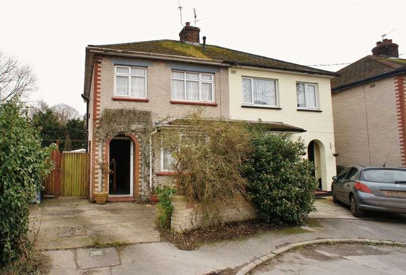 3 Bedrooms Semi Detached House for sale in North Road, Brightlingsea